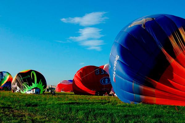 Как высоко и как далеко можна летать на воздушном шаре?